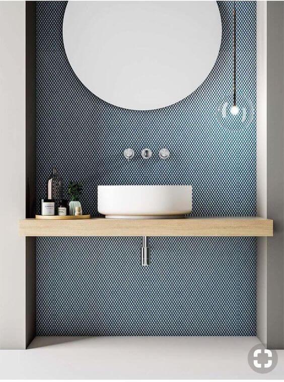 収納とビジュアルは相反するものです。シンプルさはデザイン重視の極みです。