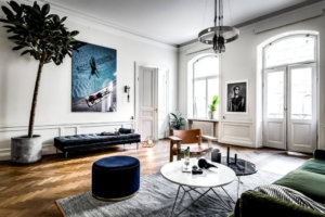 【海外インテリア55選】床がヘリンボーンの部屋のおしゃれなインテリア実例集