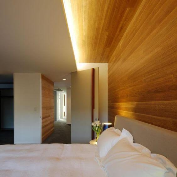 光を反射させる工夫証明は間接照明の中でも代表的な手法です。寝室などおススメです。