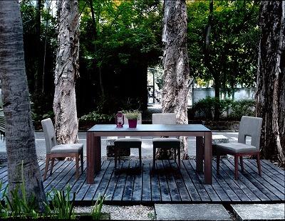 モダンインテリアsongdream 御影石とウォールナットのダイニングテーブルのイメージ