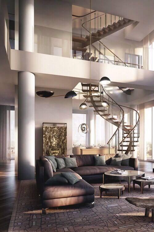 ゴールドの螺旋階段は豪華さがありますが合わせるSOFAはシンプルです。バランスがいいと思います。