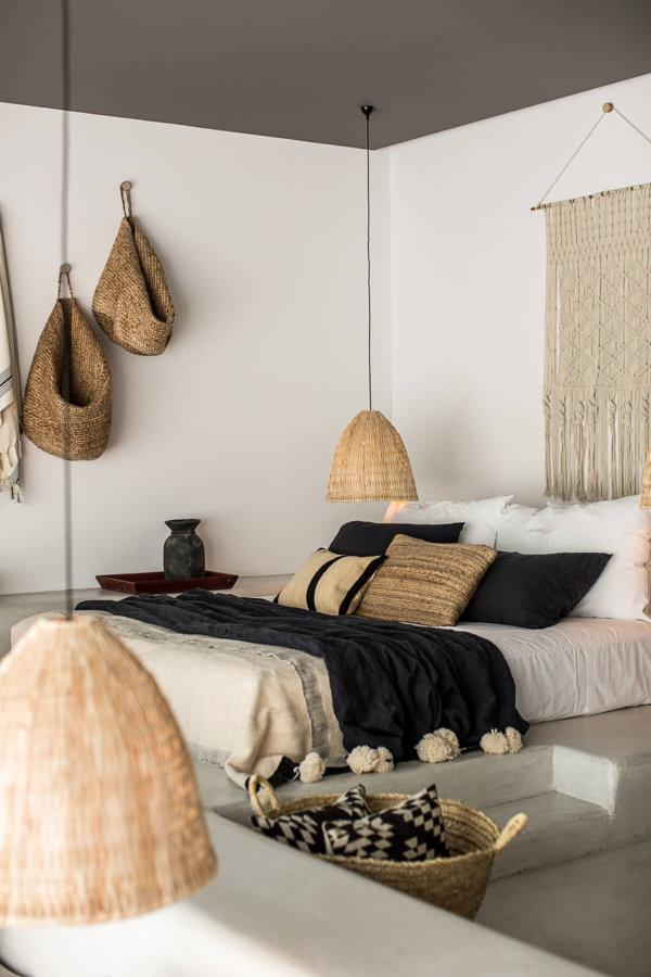 ベッドのデザインは豪華さを削除して人の原始的な暮らしを創造させます。