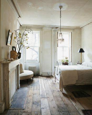 【海外画像】もう色で迷わない!床が古材の部屋のおしゃれなインテリア実例集