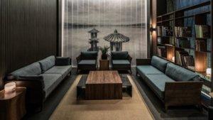 Mario Mazzer Architectsは、Nook Hotelの客室とスイートのコンセプトを開発し、ベッドルームとロビーエリアにすべての家具をデザインしています。