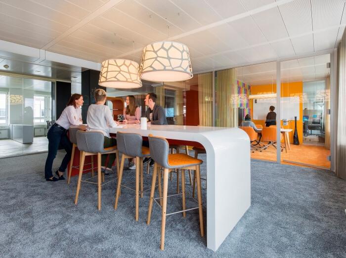 Evolution Designは、ドイツのミュンヘンにあるドイツのエンジニアリング会社PULSの新しい本社を創設しました。