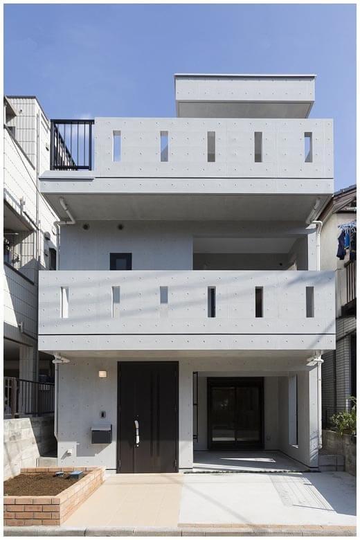 RC住宅の特性を熟知し、注文住宅はもちろん、賃貸・店舗併用住宅にも対応。また、厳しい条件の土地にはアイディア豊かな設計力や高い技術力、多彩な土地活用術によって、敷地の可能性を引き出してくれる。
