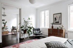【海外インテリア34選】床に古材を使用した部屋のおしゃれなインテリア実例集
