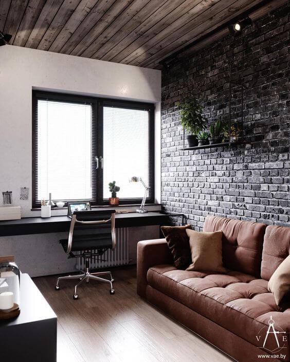 赤茶色の煉瓦とモノトーン調の煉瓦では印象が大きく変わりますね。