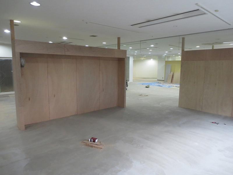 7日目 (間仕切り・カウンター設置) (7)