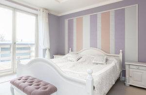 ふっくらとした形状と大人っぽいパステルカラーを組み合わせた可愛らしいデザインです。 エレガントな家具や、クラシカルな装飾を取り入れたインテリアの壁面を上品に彩ります。